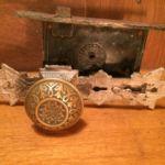 Victorian double keyhole set 201-8426-2.1